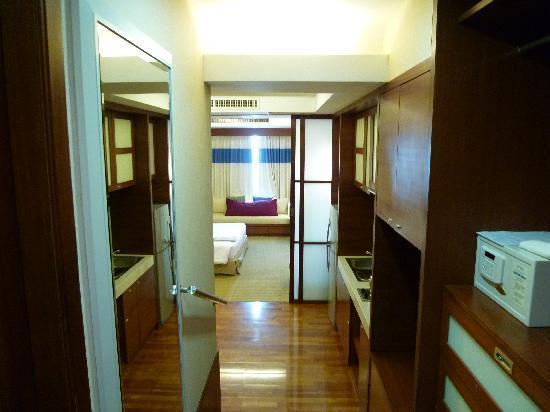Jasmine City Hotel: 部屋の入口から