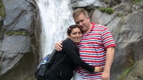 Hostel Erupcion : Chamana Waterfall
