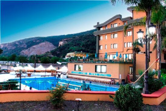 Sarno, Ιταλία: Villa Lina zona piscina