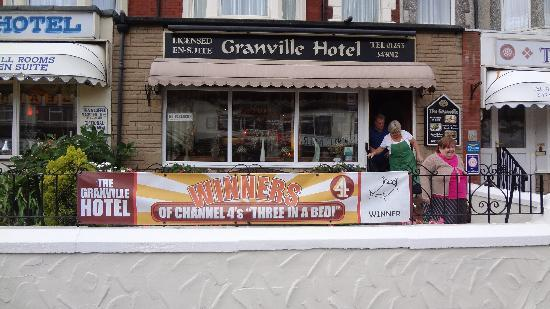 The Granville Hotel - Guest House: Outside The Granville