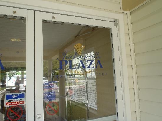 Jacksonville Plaza Hotel & Suites: Jacksonville Plaza Entrance