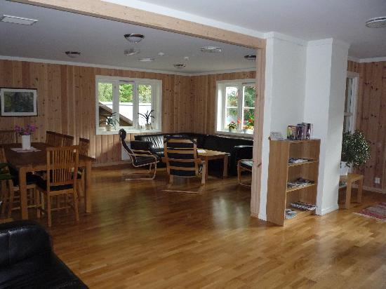 Flam Camping and Youth Hostel: la sala comune