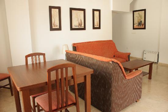 Apartamentos turisticos fercomar updated 2017 apartment - Apartamentos turisticos cordoba espana ...