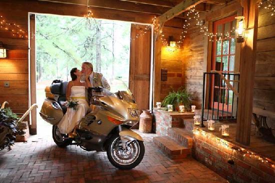 Big Mill Bed and Breakfast: Wedding at Big Mill Inn