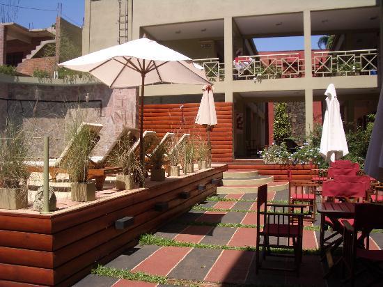 Hotel Jardín de Iguazú: Jardín-terraza