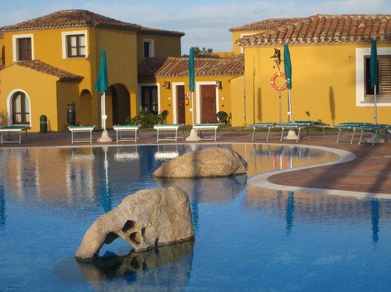 Villaggio baia dei pini hotel budoni sardegna prezzi for Hotel sardegna budoni