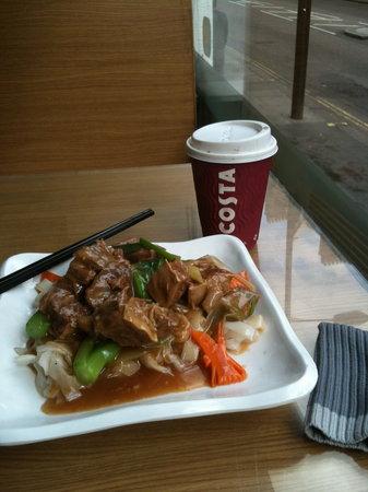 Cafe de Hong Kong: Beef Flank Ho Fun Noodles