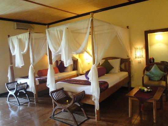 Junjungan Ubud Hotel and Spa: Large room