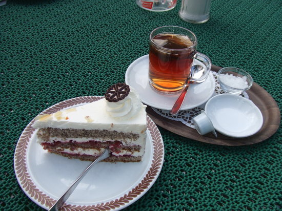 Backerei Cafe Zum Heidjer: Cake & tea