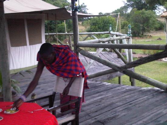 Cheetah Tented Camp: desayuno desde la terraza de la tienda