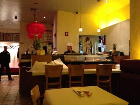 Lili's 57 : Sushi bar