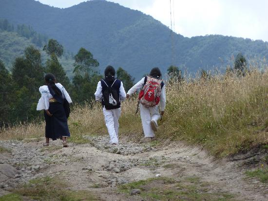 Ali Shungu Mountaintop Lodge: School's out for the day!