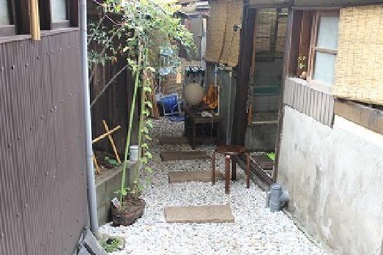 Guesthouse Engakudo : 中庭