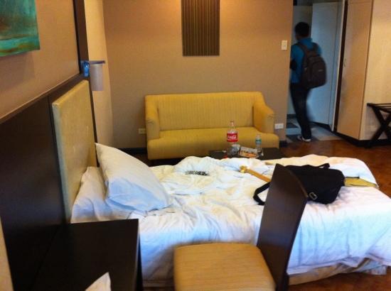New Horizon Hotel: 2 single bed