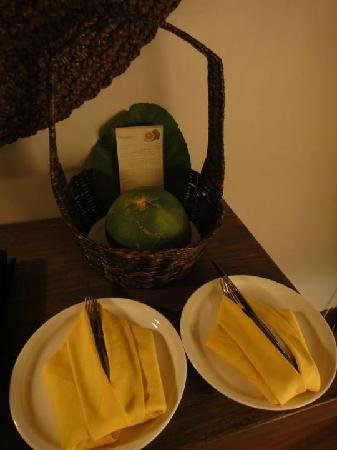 The Banjaran Hotsprings Retreat: welcome fruits