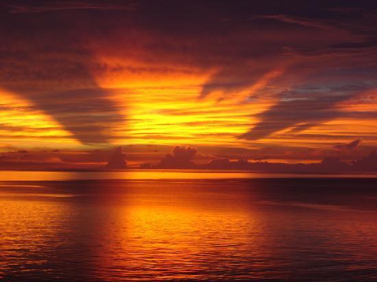 Ono Island, Fiyi: Oneta sunrise