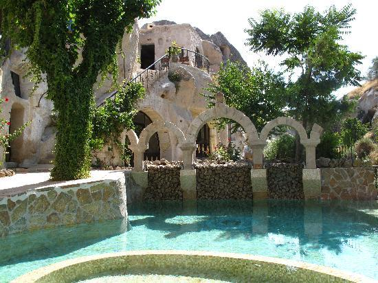 Gamirasu Cave Hotel: The pool