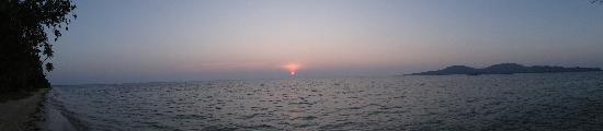 Lomani Island Resort: sunset(lomani)