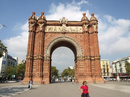 Barcelona Rooms 294: Arc De Triumpf