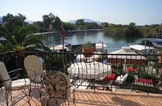 Dalyan Hotel Palmyra: sunset terrace for all guests