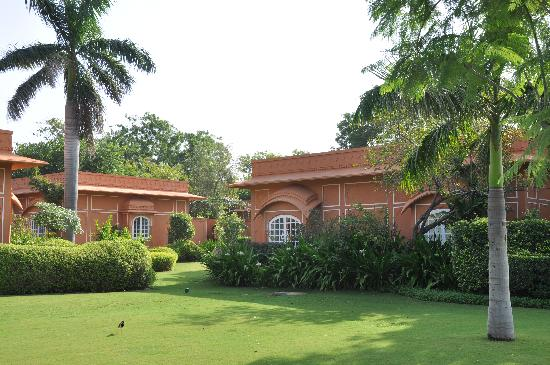 The Oberoi Rajvilas: Garten