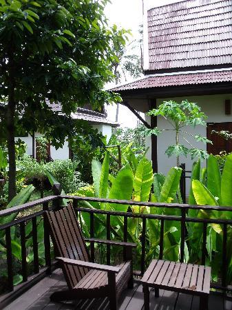 Lanta Klong Nin Beach Resort: terrasse