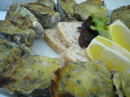The Oyster Bar: baked oyeter