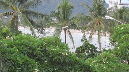 โรงแรมซีวีว ป่าตอง: view from room