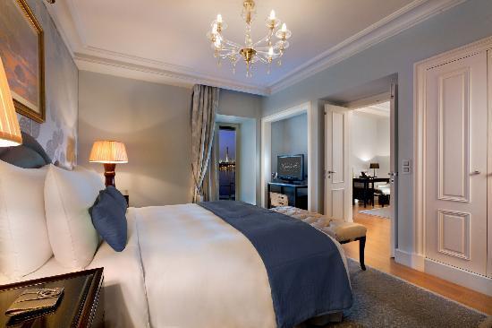 Kempinski Nile Hotel Cairo: Nile Deluxe Suite