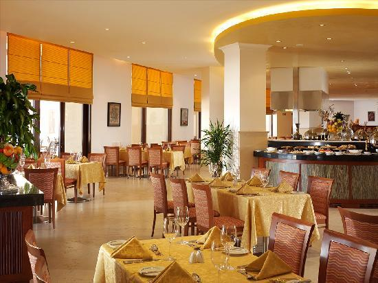 InterContinental Aqaba Resort: Corniche Restaurant All day Dining