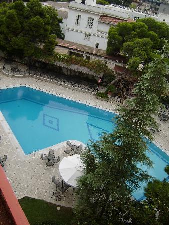 Oasis Hotel Apartments: Piscina