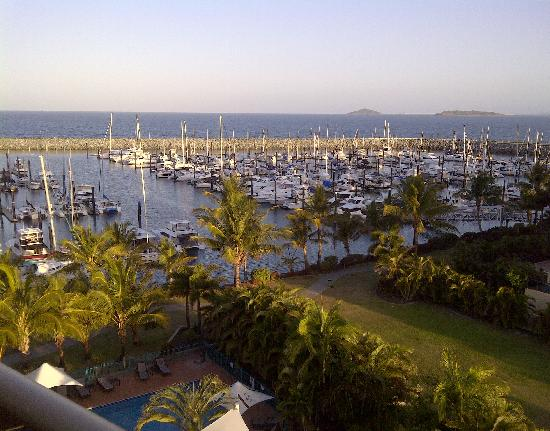 Clarion Hotel Mackay Marina: The view from my last hote room at the Clarion