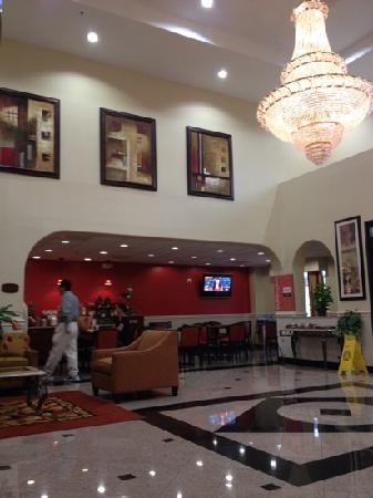 Comfort Suites Westchase: breakfast area