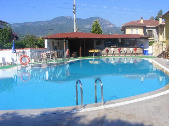 Sahin, Apartments: View of pool at Sahin
