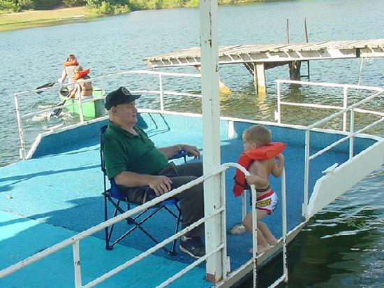 Deer Creek Lodge: Grandpa with his fishing pals