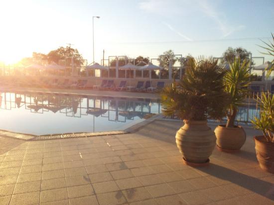 Hotel Rethymnon Mare: Nedre poolen