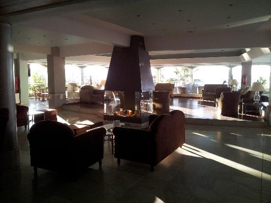 Hotel Rethymnon Mare: Övre baren