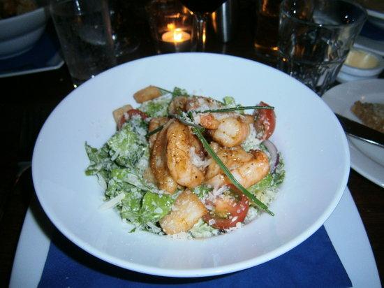 The Old Arch - Bar & Bistro: Une délicieuse Caesar Salad aux crevettes