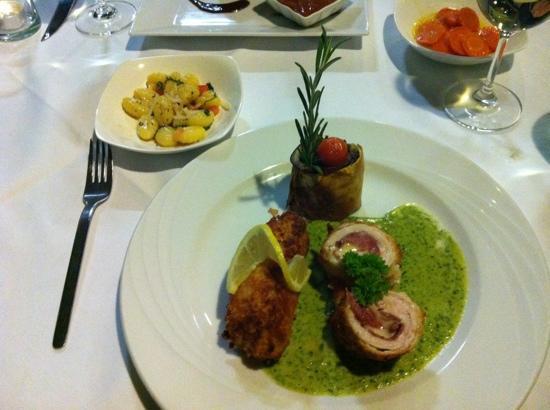 Restaurant Entler: Turkey Dish So Good