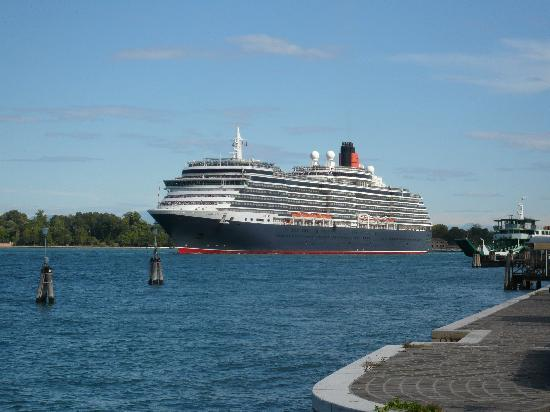 Cunard's Queen Victoria passing the Russo Palace Hotel on her way to the Venice Cruise Terminal