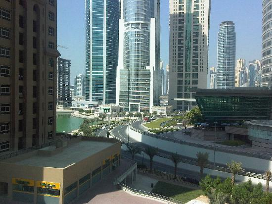 Bonnington Jumeirah Lakes Towers: Could this view be any better?