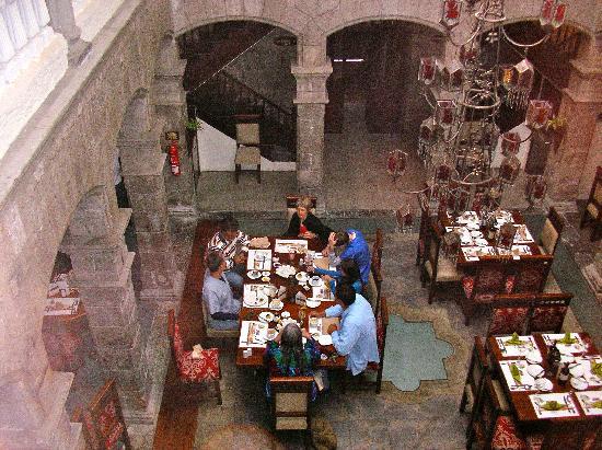 Ambato, Ecuador: Dining area from second floor