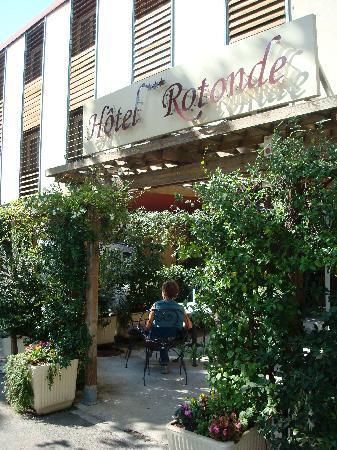 Hotel La Rotonde : Entrance