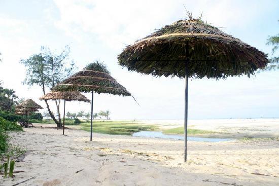 เดอะ ซูริ ไวท์แซนด์กัว รีสอร์ท แอนด์ คาสิโน: Varca Beach