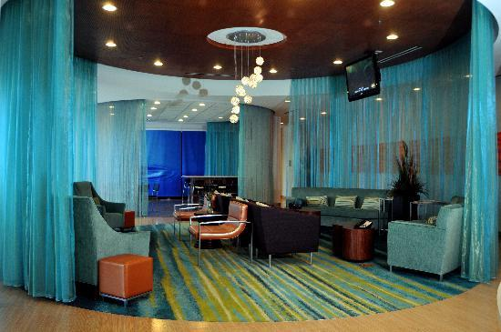 SpringHill Suites McAllen: Lobby