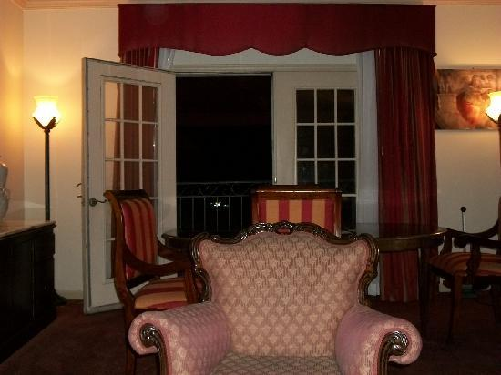 The Siena Hotel, Autograph Collection: Night View of the French Door