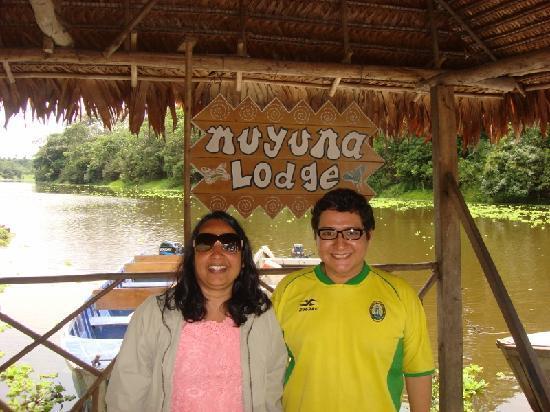 Muyuna Amazon Lodge: Swati with lodge manager