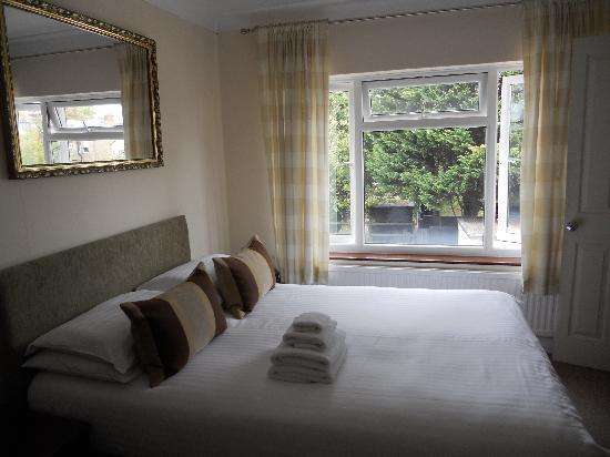 Acacia Guesthouse: Double room on  2nd floor, #3