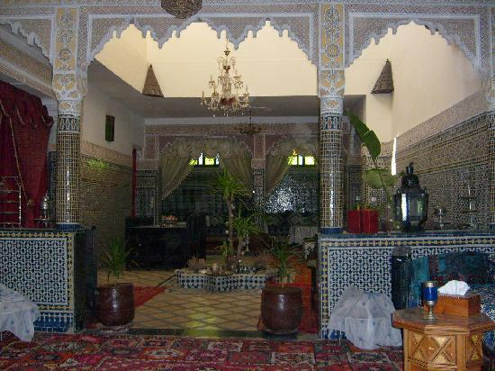 Riad Lahboul: Ground-floor salon