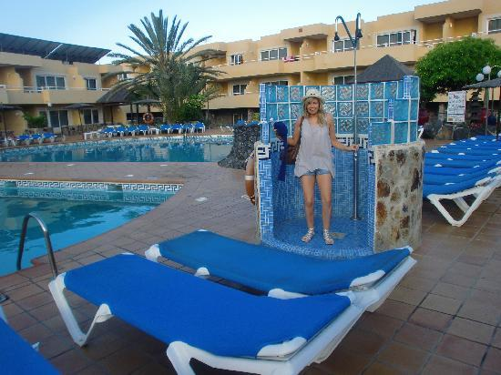 Pool area by our room picture of hotel arena corralejo for Hotels 02 arena